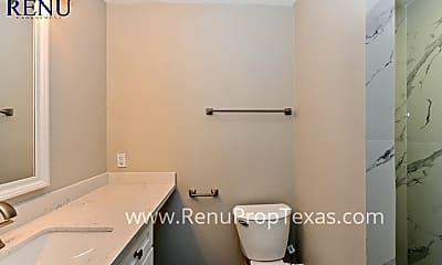 Bathroom, 1420 Sweetgum St, 2