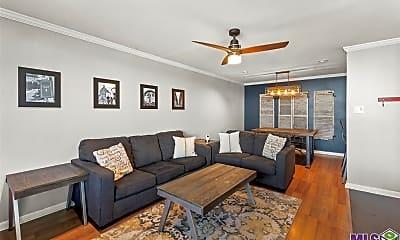 Living Room, 3101 Highland Rd 110, 0