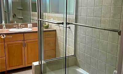 Bathroom, 1428 Nautilus Isle 1428, 2