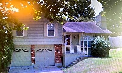 Building, 16827 E 41st St, 2