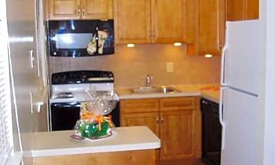 Kitchen, Pointe Breeze Apartments, 1