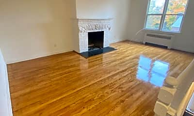 Living Room, 81 Beacon Hill Dr 3B3, 0