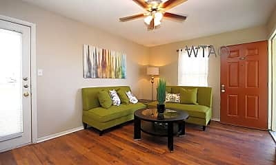 Living Room, 1101 Leah Ave, 2