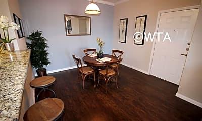 Dining Room, 20005 Liedecke Rd, 1