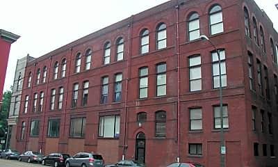 Building, 211 N Foushee St, 1