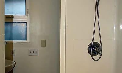 Bathroom, 5030 26th Ave S, 2