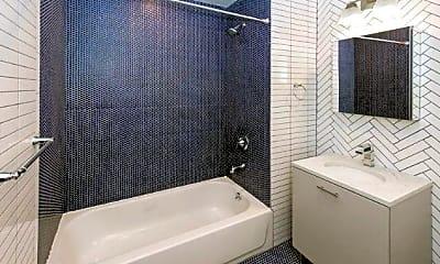 Bathroom, 86 Thomas St, 2