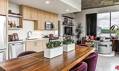 Kitchen, 695 S Santa Fe Ave 315, 1