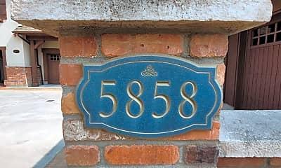 Building, 5858 N Duxbury Pier Ln, 1