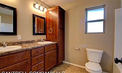 Bathroom, 867 S Miller Ave, 1