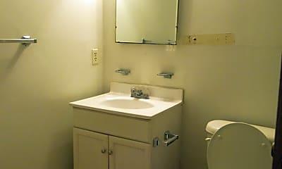 Bathroom, 251 Rast St E-3, 2