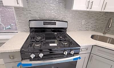 Kitchen, 114 Maple St, 2