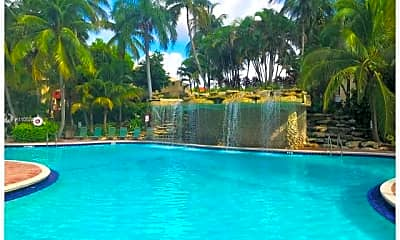 Pool, 9521 Fontainebleau Blvd 128, 1