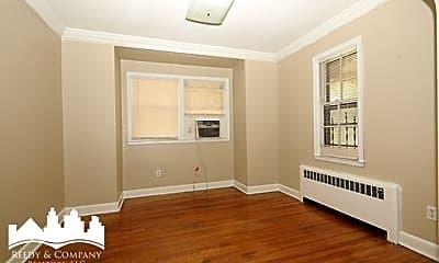 Bedroom, 1812 York Ave, 1