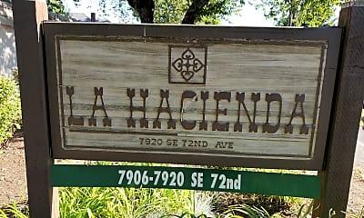 La Hacienda, 1
