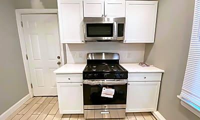 Kitchen, 1418 Hamilton Ave 1, 2
