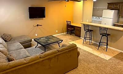 Living Room, 25770 Red Oak Rd, 0