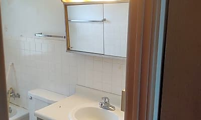 Bathroom, 3000 24th St, 2
