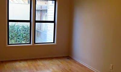 Living Room, 5947 Geary Blvd, 2
