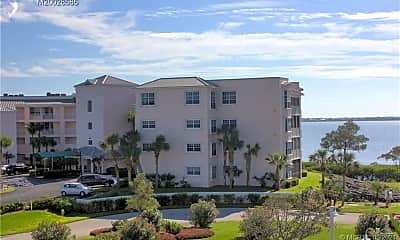 Building, 5750 NE Island Cove Way 3201, 0