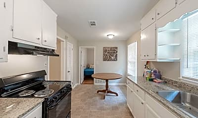 Kitchen, Room for Rent -   a 15 minute walk to bus 55, 0