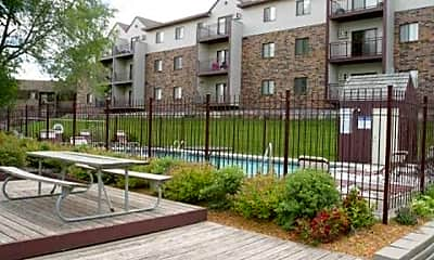 Pointe West Apartments, 1