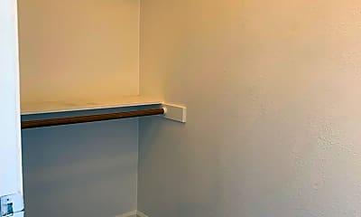 Bedroom, 555 Broadway Ave, 2