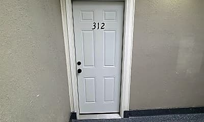 309 Allen St, 1