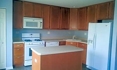 Kitchen, 552 Yorkshire Ln, 1
