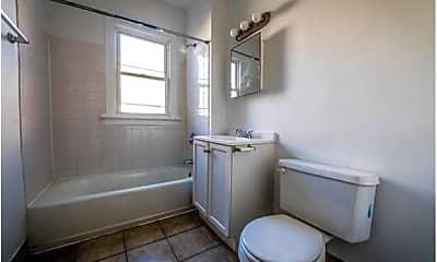 Bathroom, 7948 S Hermitage Avenue, 2