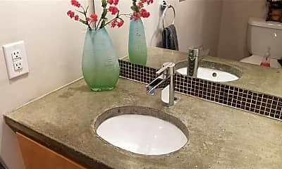 Bathroom, 4502 Medinah Pl 9, 2