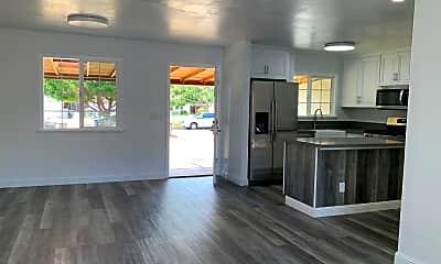 Living Room, 2638 Gomes Dr, 1