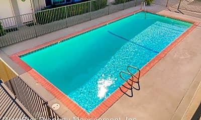 Pool, 15209 Prairie Ave, 2