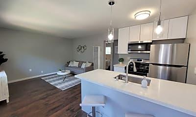 Kitchen, 1366 Oakland Blvd, 0