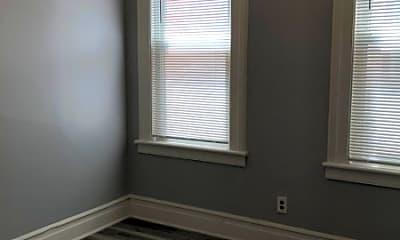 Bedroom, 162 Parker St 1, 2