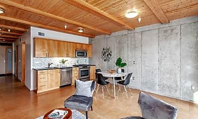 Living Room, 4216 N Mississippi Ave, 1