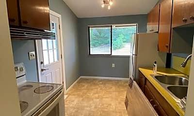 Kitchen, 531 NE 180th St, 1