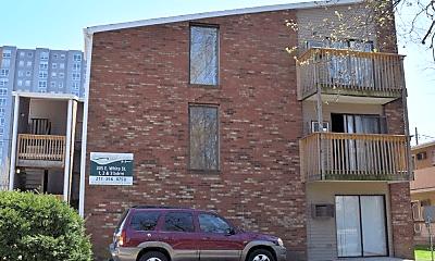 Building, 305 E White St, 2