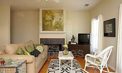 Living Room, 415 Hargrove Rd E, 1