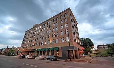 Building, Erie Terminal Place Apartments, 0