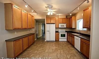 Kitchen, 638, 640, 642 E. Lester St., 0