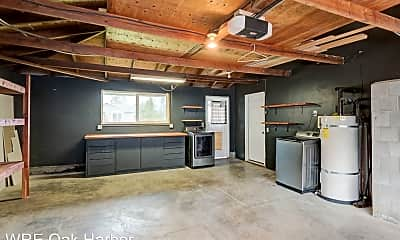 Kitchen, 1056 SW 4th Ave, 2