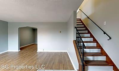 Building, 206 E Garden Rd, 1