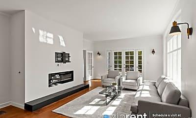 Living Room, 685 Lowell Ave, 0