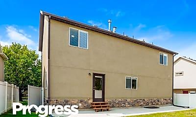 Building, 404 W 13240 S, 2
