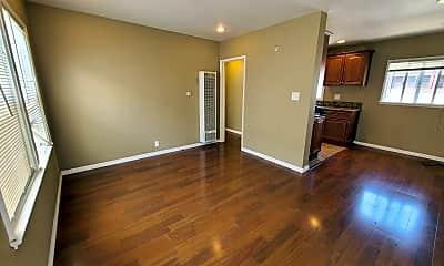 Living Room, 4717 E Ocean Blvd, 1