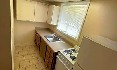 Kitchen, 515 S 11th Ave, 0