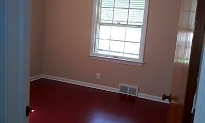 Bedroom, 24400 Hawthorne Dr, 2