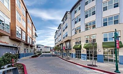 Fourth & U Apartments, 2
