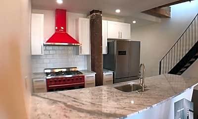 Kitchen, 77 Clifton Pl, 0